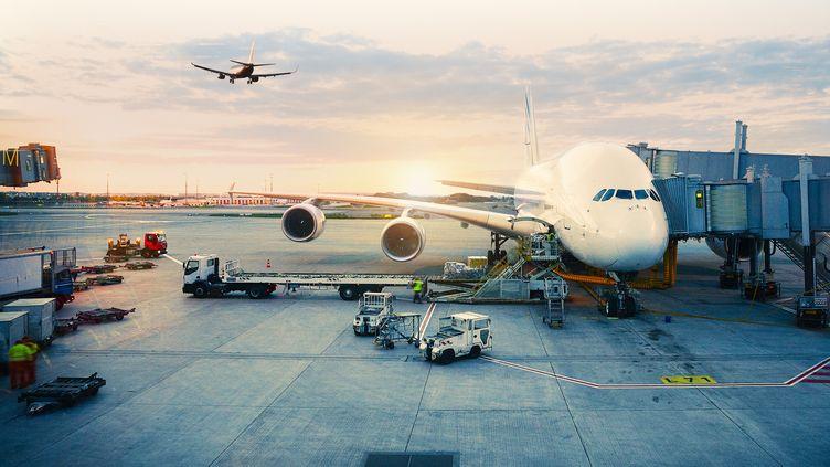 ADP devient le premier groupe aéroportuaire mondial en rachetant 49% du capital du groupe familial indien GMR.(Illustration) (GETTY IMAGES)