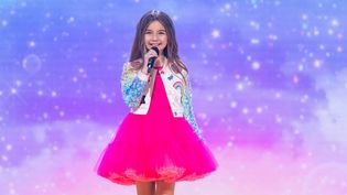 Valentina lors de sa prestation à l'Eurovision junior 2020, le 29 novembre 2020. (NATHALIE GUYON / EUROVISION JUNIOR 2020)