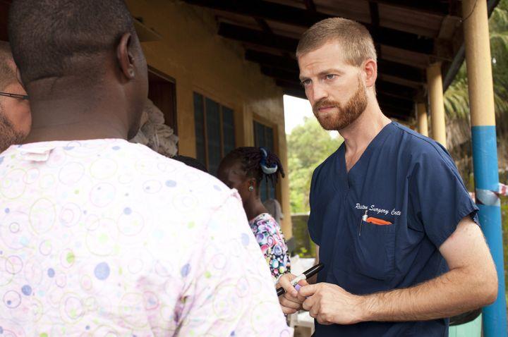 L'Américain Kent Brantly,contaminé par le virus Ebola lors d'une mission humanitaire au Liberia, le 30 juillet 2014. (JONI BYKER / SAMARITAN'S PURSE / AFP)