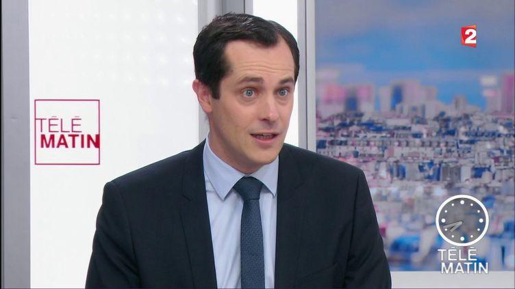 Le secrétaire général du Front national, Nicolas Bay, le 25 mai 2017, sur France 2. (FRANCE 2)