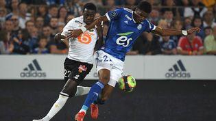 Lille mène au score face à Strasbourg. (PATRICK HERTZOG / AFP)