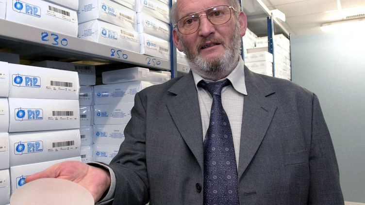 Jean-Claude Mas, le fondateur de la société PIP, le 17 janvier 2001 à La Seyne-sur-Mer (Var). (ERIC ESTRADE / AFP)
