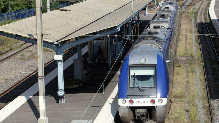 (Les futurs TER de la SNCF sont trop larges pour des centaines de gares © Maxppp)