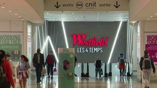 Pass sanitaire : un nouveau casse-tête pour les centres commerciaux (France 3)