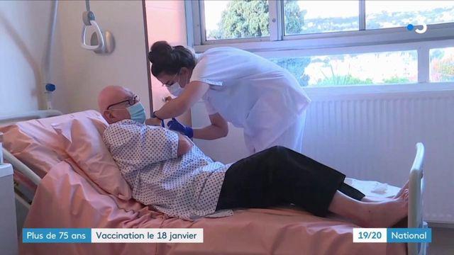 Coronavirus : les Français de plus de 75 ans, hors Ehpad, pourront se faire vacciner dès le 18 janvier