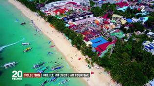 """L'île de Boracay (Philippines) s'est transformée en """"fosse septique"""" selon le président Rodrigo Duterte. Le leader philippin a décidé d'interdire l'accès aux touristes. (FRANCE 2)"""