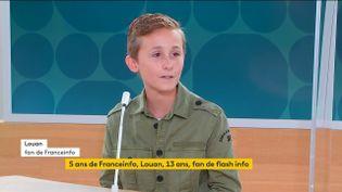 Louan, 13 ans, sur le plateau de la chaîne franceinfo le 1er septembre 2021. (FRANCEINFO)