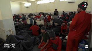 Syrie : des prisonniers encombrants (ENVOYÉ SPÉCIAL  / FRANCE 2)