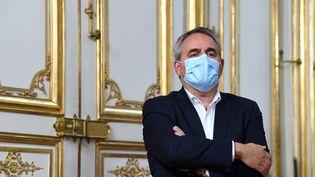 Le président de la région Haut-de-France Xavier Bertrand, à l'hôtel Matignon à Paris, le 28 septembre 2020. (ALAIN JOCARD / AFP)
