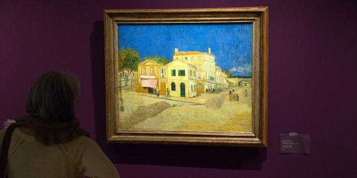 """""""La maison jaune"""" de Vincent Van Gogh  (BERTRAND LANGLOIS / AFP)"""