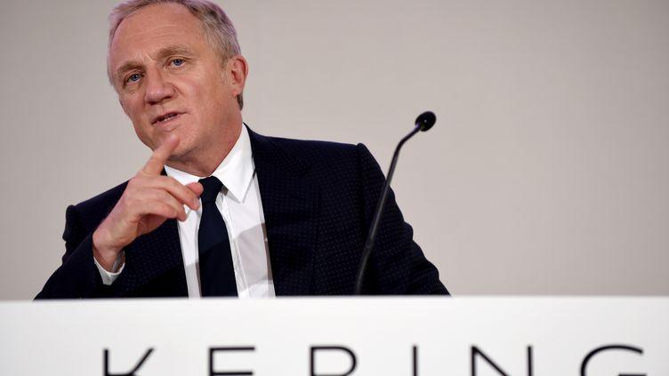 François-Henri Pinault, PDG du groupe de luxe Kering, lors d'une assemblée générale du groupe, à Paris, le 24 avril 2019. (ERIC PIERMONT / AFP)