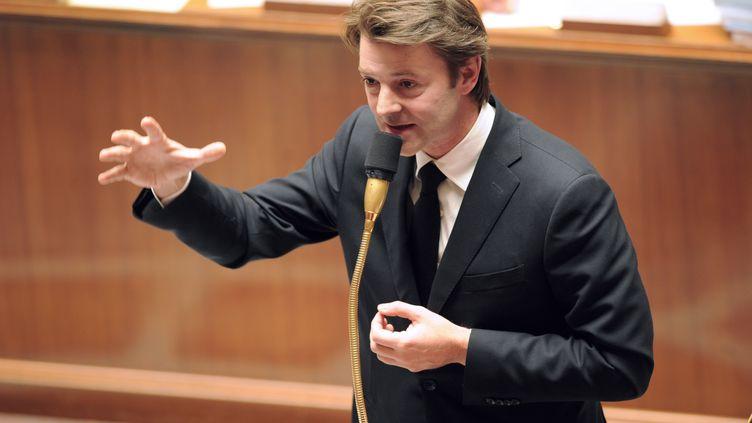 Le ministre de l'Economie et des Finances, François Baroin, répond aux députés dans le cadre des questions au gouvernement, mardi 25 octobre. (AFP)