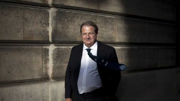 Pierre Charon, ancien conseiller du chef de l'Etat, présente une liste dissidente de l'UMP à Paris (AFP - FRED DUFOUR)