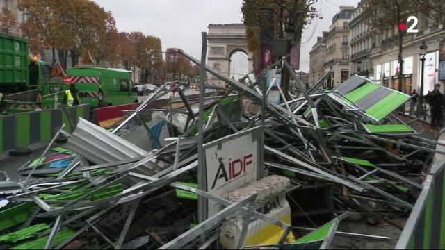 """""""Gilets jaunes"""" : les Champs-Élysées toujours très impactés"""