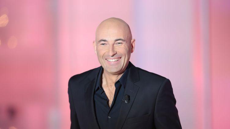 """L'humoriste Nicolas Canteloup, le 5 novembre 2015 sur le plateau de l'émission """"Vivement Dimanche"""", de France 2. (MAXPPP)"""