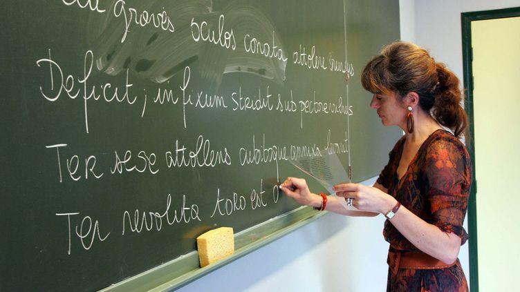 (Seulement une soixantaine de postes de professeurs de lettres classiques seront occupés à la rentrée 2016 sur les 260 proposés © LYDIE/SIPA)