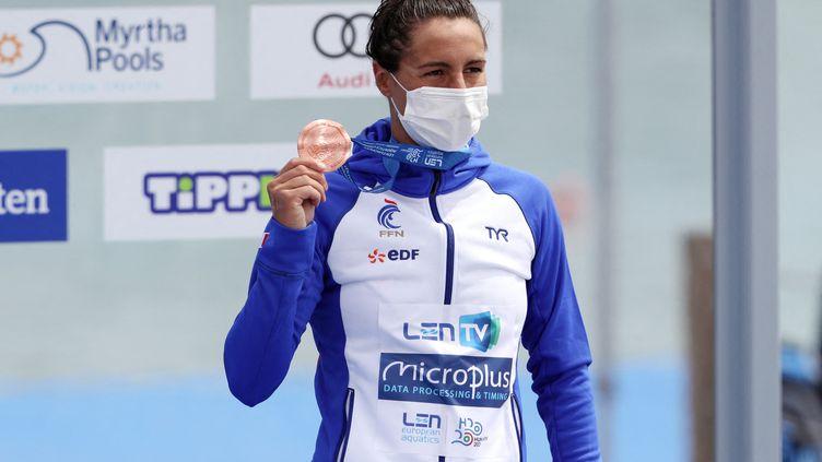 La Française Océane Cassignola remporté sa première médaille individuelle aux championnats d'Europe de natation de Budapest, en terminant troisième sur 5 km en eau libre. (FERENC ISZA / AFP)