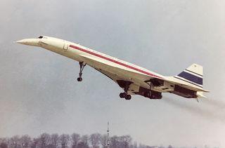 Le Concorde lors de son premier décollage, le 2 mars 1969 à Toulouse (Haute-Garonne). (SUD-AVIATION)
