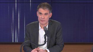 """Olivier Faure,Premier secrétaire du Parti socialiste était l'invité du """"8h30 franceinfo"""", jeudi 4 février 2021. (FRANCEINFO / RADIOFRANCE)"""