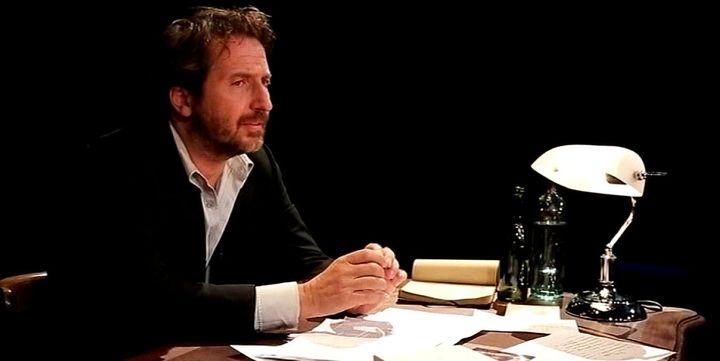 Edouard Baer sur la scène du Théâtre Antoine  (France 3 / Culturebox)