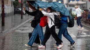Un orage à Lille (Nord), le 4 juin 2021. (MAXPPP)