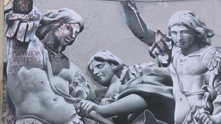 La réalisation représente l'archange Michel, apparu en rêve au pape Grégoire afin la fin de l'épidémie de peste à Rome en 590. (FRANCE 3)