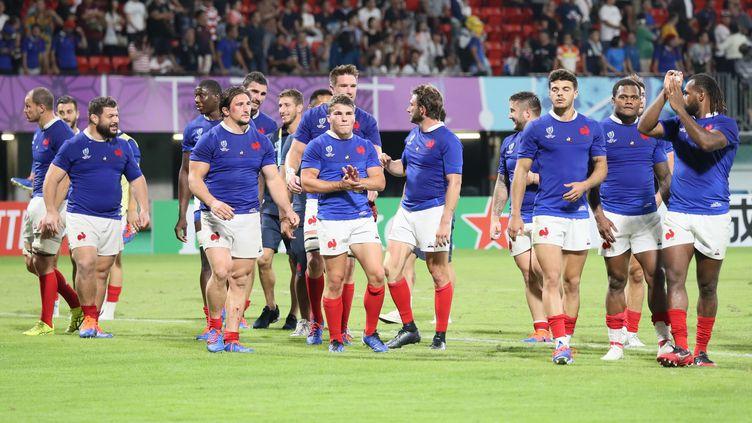 Les joueurs du XV de France de rugby, le 6 octobre 2019 à Kumamoto (Japon). (MASAKI AKIZUKI / YOMIURI / AFP)