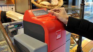 Systemes d'encaissement sécurises pour les commerces de proximité -Nice, 18 janvier 2011 (BEBERT BRUNO / SIPA)