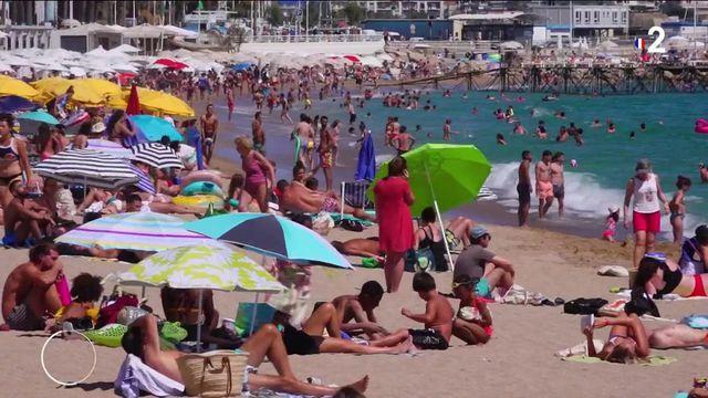 Pass sanitaire assoupli : des vacances moins contraintes ?