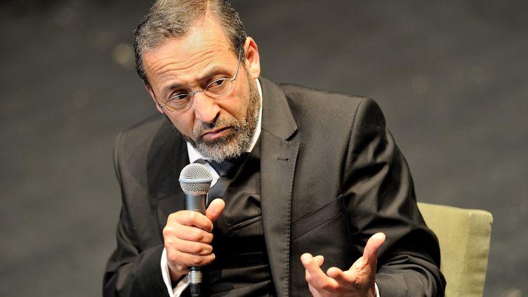 L'imam de Bordeaux Tareq Oubrou lors d'un débat àAuxerre(photo d'illustration). (JEREMIE FULLERINGER / MAXPPP)