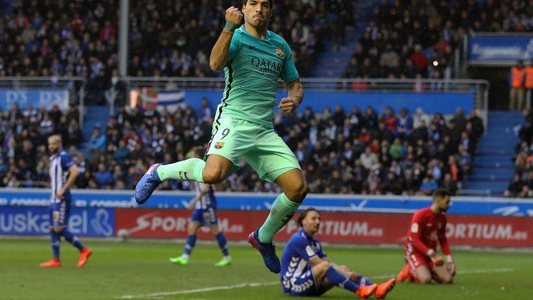 Luis Suarez a fait très mal à Alaves (CESAR MANSO / AFP)