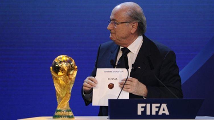 Sepp Blatter dévoile le nom de la Russie