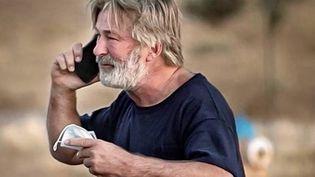 États-Unis : l'acteur Alec Baldwin à l'origine d'un coup de feu mortel sur un plateau de tournage (FRANCE 3)