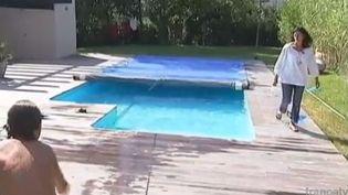 Parmi les principales causes d'accidents domestiques figurent les noyades dans les piscines. (FRANCE 2 / FRANCETV INFO)