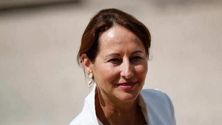 La ministre de l'Ecologie, SégolèneRoyal, le 15 juillet 2015 à Paris. (CITIZENSIDE / YANN BOHAC / CITIZENSIDE.COM / AFP)