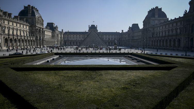 Le musée du Louvre à Paris. (STEPHANE DE SAKUTIN / AFP)