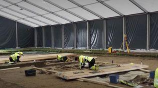 Norvège : des archéologues exhument un bateau-tombe viking (France info)