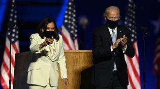 Kamala Harris et Joe Biden, le 7 novembre 2020 à Wilmington (Delaware). (JIM WATSON / AFP)