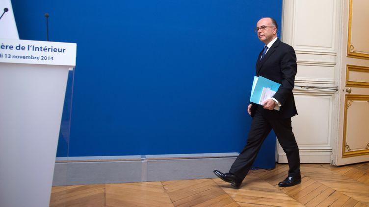Le ministre de l'Intérieur Bernard Cazeneuve lors d'une conférence de presse à Paris le 13 novembre 2014. (VILLARD / SIPA)