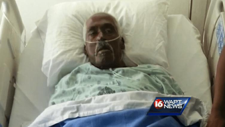 Le septuagénaire a été hospitalisé après sa mésaventure, jeudi 27 févrieraux pompes funèbres Porter & Sons Funeral Home, à Lexington, dans l'état américain du Mississipi. (WAPT NEWS / DR)