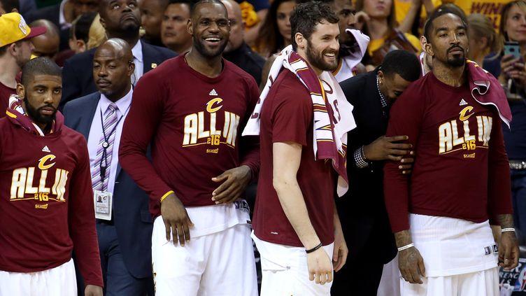 """Le """"Big Three"""" des Cavs a inscrit 71 points la nuit dernière (ANDY LYONS / GETTY IMAGES NORTH AMERICA)"""