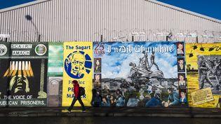"""Le mémorial de """"Falls road"""" à Belfast, en Irlande du Nord, photographié en janvier 2015 (EUAN CHERRY / MAXPPP)"""