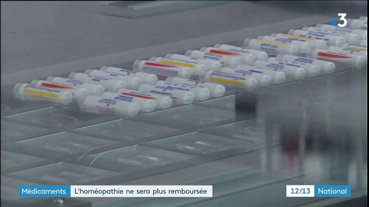 Le déremboursement sera progressif jusqu'en 2021. Les opposants à l'homéopathie estiment que ce délai coûtera 130 millions d'euros à l'État. (FRANCE 3)