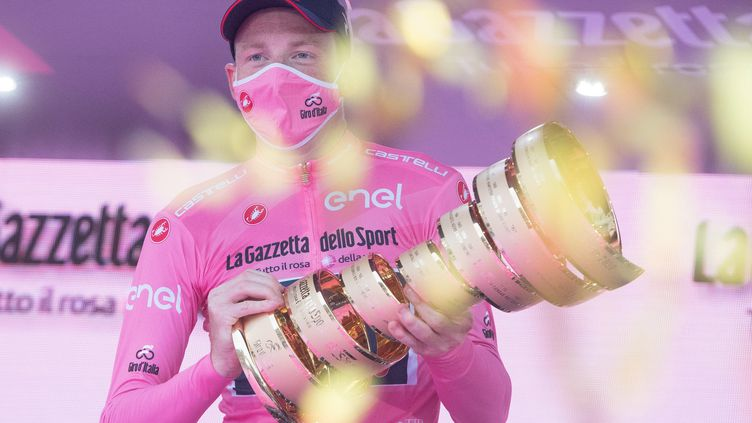 Qui succédera à Tao Geoghegan Hart, vainqueur du Giro en 2020 ? (LUCA ZENNARO / ANSA)