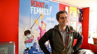 """Le député La France insoumise François Ruffin àPoitiers (Vienne) le 29 juin 2021 pour la première projection en salle de son film """"Debout les femmes"""". (MATHIEU HERDUIN MHERDUIN / MAXPPP)"""