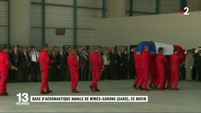 Hommage à Franck Chesneau : le pilote de Tracker décoré de la Légion d'honneur à titre posthume