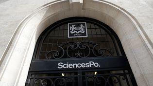 Illustration du bâtiment de Science Po Paris rue Saint-Guillaume. (VINCENT ISORE / MAXPPP)