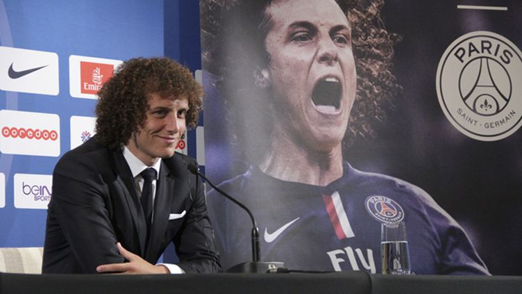 (David Luiz, le nouveau numéro 32 du Paris-Saint-Germain. © RADIO FRANCE / Martine Breson)