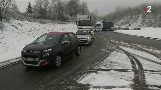 Intempéries : la neige perturbe la circulation