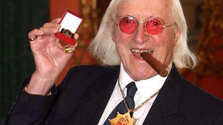 L'ancien animateur de la BBC Jimmy Savile, le 25 mars 2008 à Londres (Royaume-Uni). (LEWIS WHYLD / AP / SIPA)